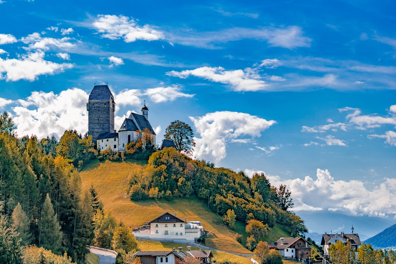 schwaz-3763876_1280